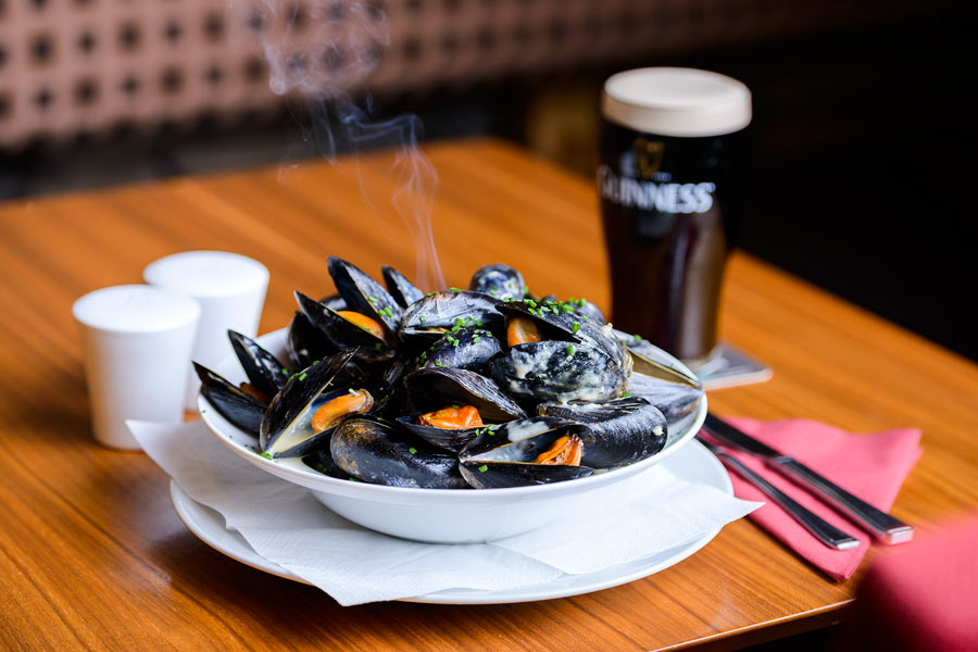 Fresh Mussels at Paudies Bar Dingle Bay Hotel